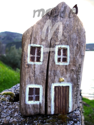 casa madera, pallets,wood recycled, rustic, recycle,hand made,wood house,wood slices,rodajas de madera, tree slices,rustic wedding tree slice,bois recycle,driftwood,manualidades,artesania,wood art