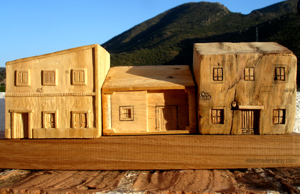 casas con pallets, madera reciclada, artesania, hand made, recycled wood copia