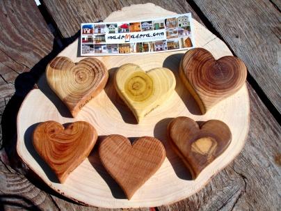 corazones distintas maderas